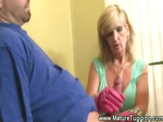 horny older d like to fuck tugs pecker with