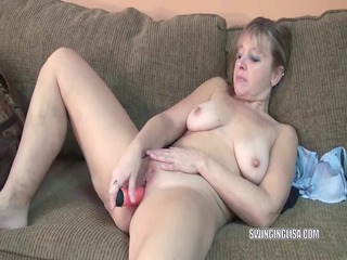 curvy mother id like to fuck liisa is fucking her