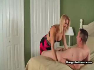 hawt blonde cougar in underware seduces neighbour