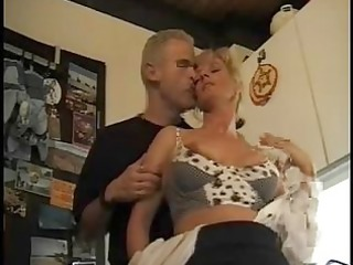 hose mature golden-haired gangband troia inculata