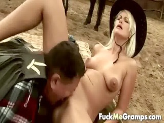 bulky old guy screwed by blond hotty