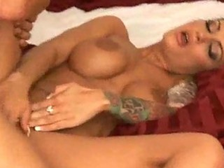 tattooed mother i with big tits loves getting cum