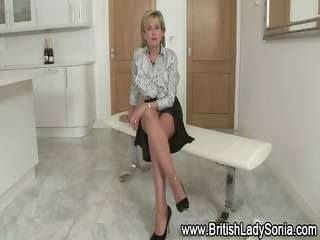 stockings with lady sonia receives her fetish
