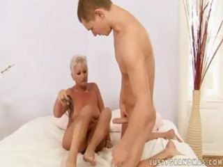 fat blond granny cecily shows this youthful stud
