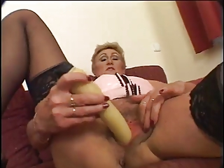 aged mother i acquires creampied