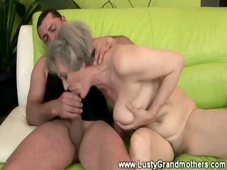 Old mature granny getting roughly fucked
