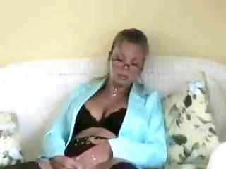 hot breasty blonde cougar amber lynn