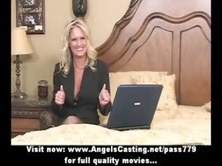 bored blonde d like to fuck with laptop