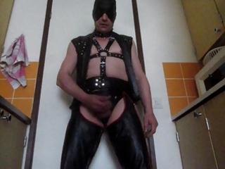 mr.mature leather masturbation