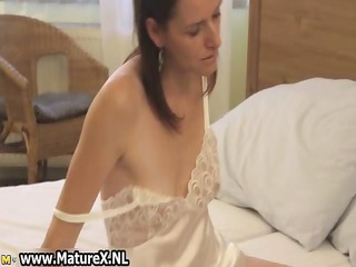 horny brunette housewife enjoys rubbing part5