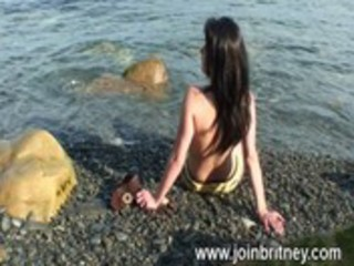 outdoor milf oral sex