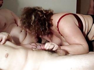 large bitch suceuse a lhotel