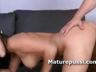 gorgeous brunette d like to fuck fed hard pounder