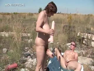 lustful milf gets her hairy muf fucked