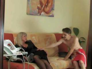 Matures and pantyhose 07