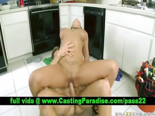 lylith lavey amateur blond fucking and receives