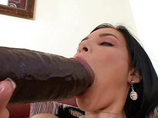 tanned dark brown momma masturbating with big
