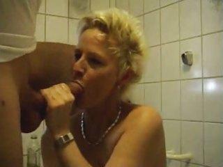 aged woman fucking in bath