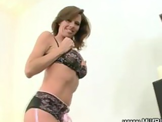 hot d like to fuck in nylons with a mouth full of