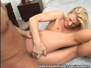 d like to fuck like to swallow my sperm....