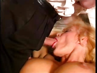 cock hungry d like to fuck doing it