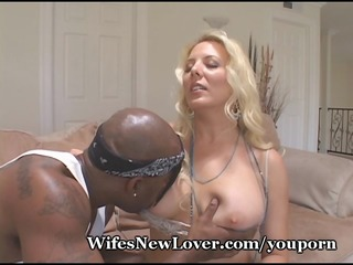 dirty mom finds fresh paramour